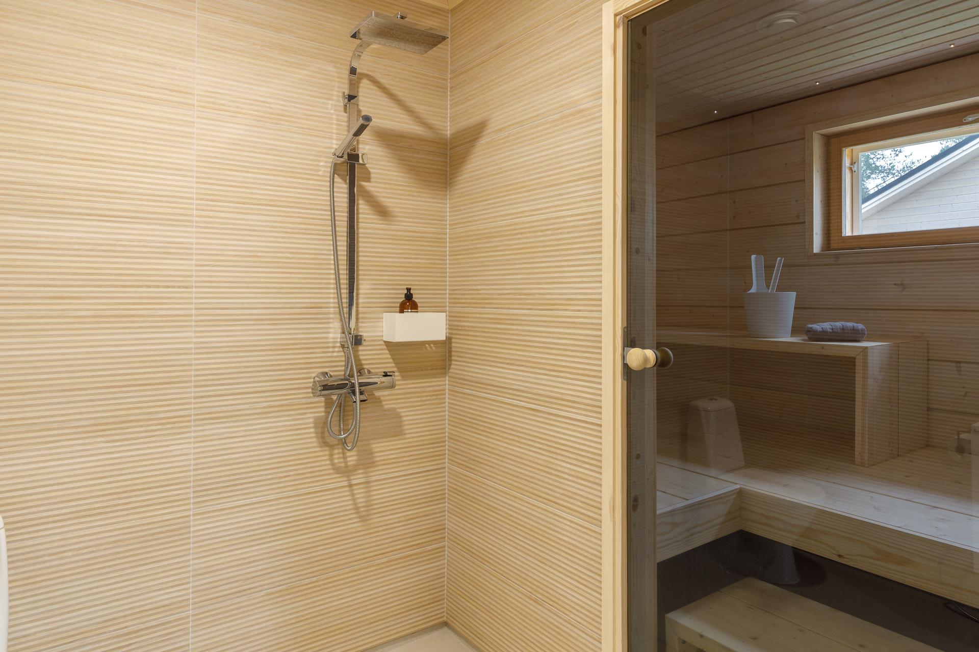 Asuntokuvaus Kylpyhuoneen kuva oulussa