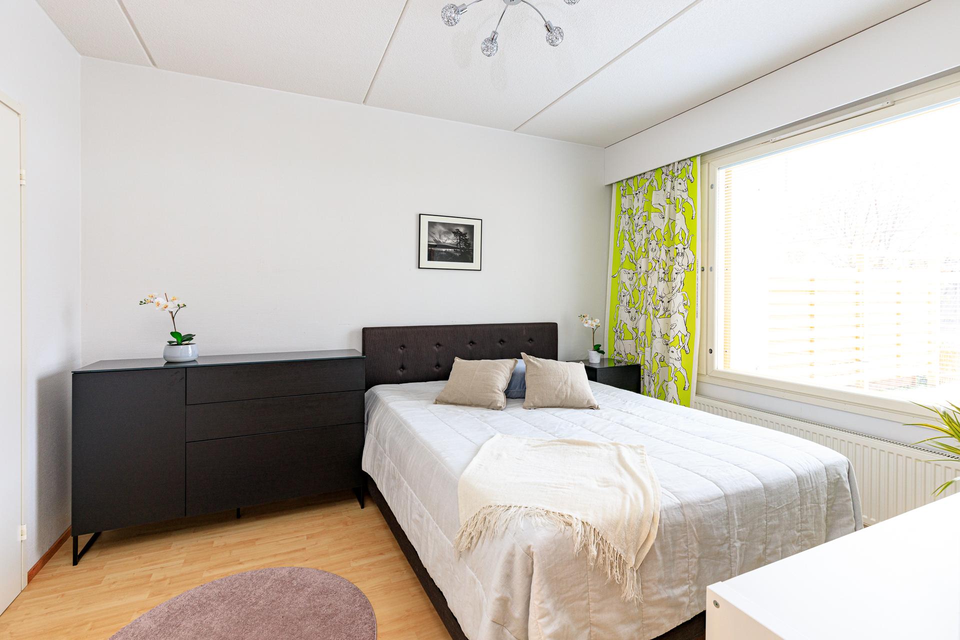 Asuntokuvaus makuuhuone
